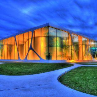 L'architettura Contemporanea Si Affida Alla Pietra Acrilica