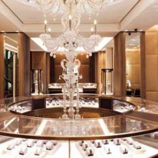 Il Restyling Di Boutique Cartier A Milano