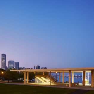 Chicago Horizon: A Kiosk On Chicago Coast For New Cultural Experiences
