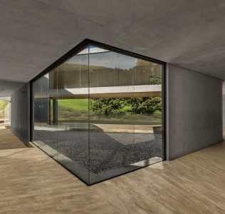 Luxury Residence In Concrete