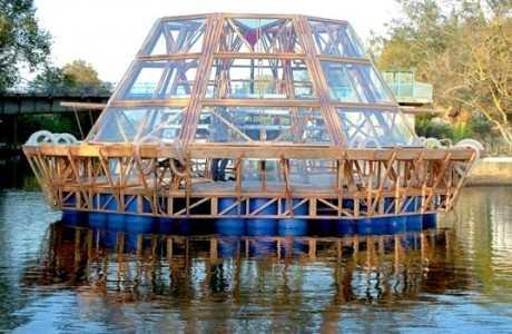 Jellyfish Barge 537×384 460×300