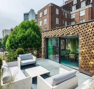 Mayfair House. Metal Vegetation