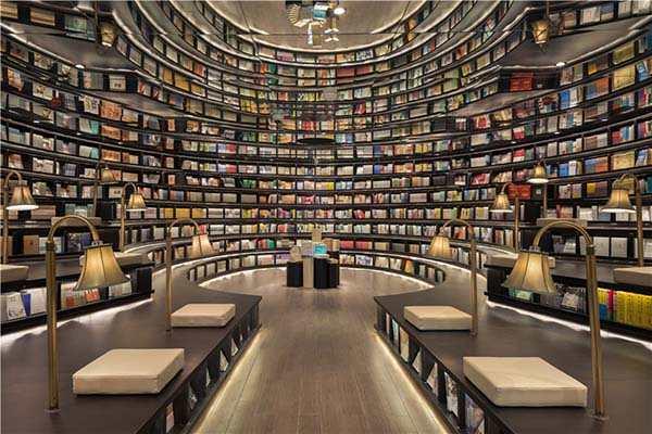 Bookshop06