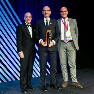 """Torre Generali, La Torre """"storta"""", Vince Excellence In Concrete Construction Award 2019, Premio Prestigioso"""